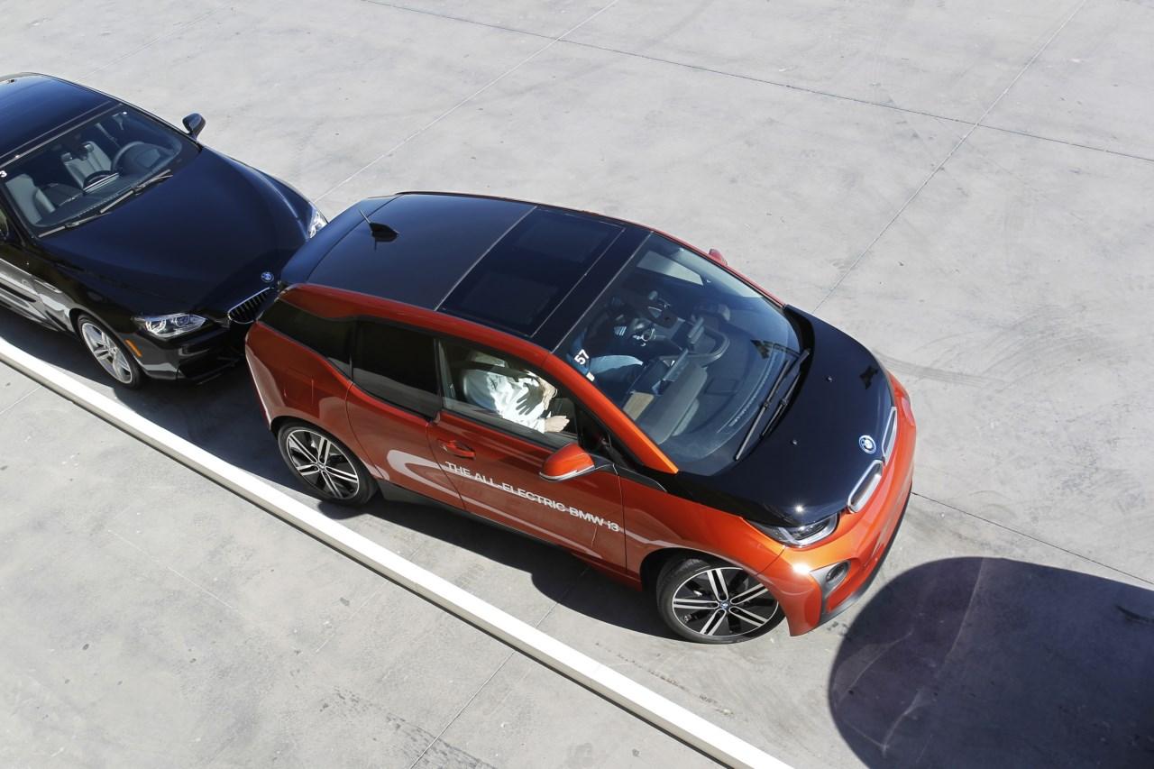 El BMW ConnectedDrive del futuro más inminente: Investigación en ...