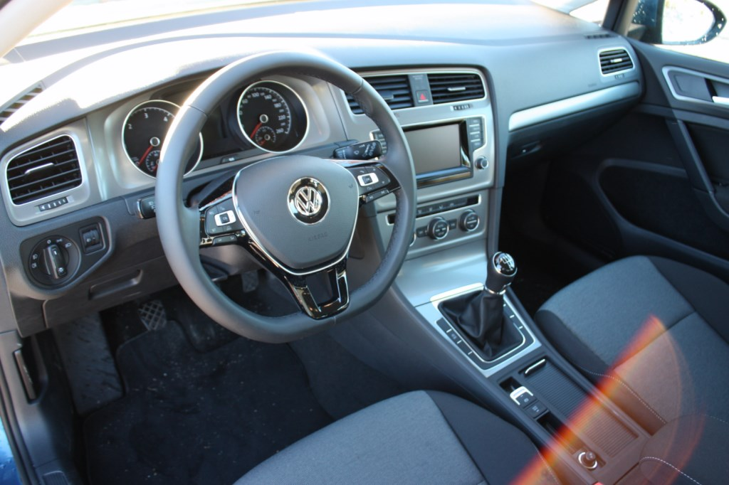 prueba volkswagen golf tdi 105 cv bluemotion revista. Black Bedroom Furniture Sets. Home Design Ideas