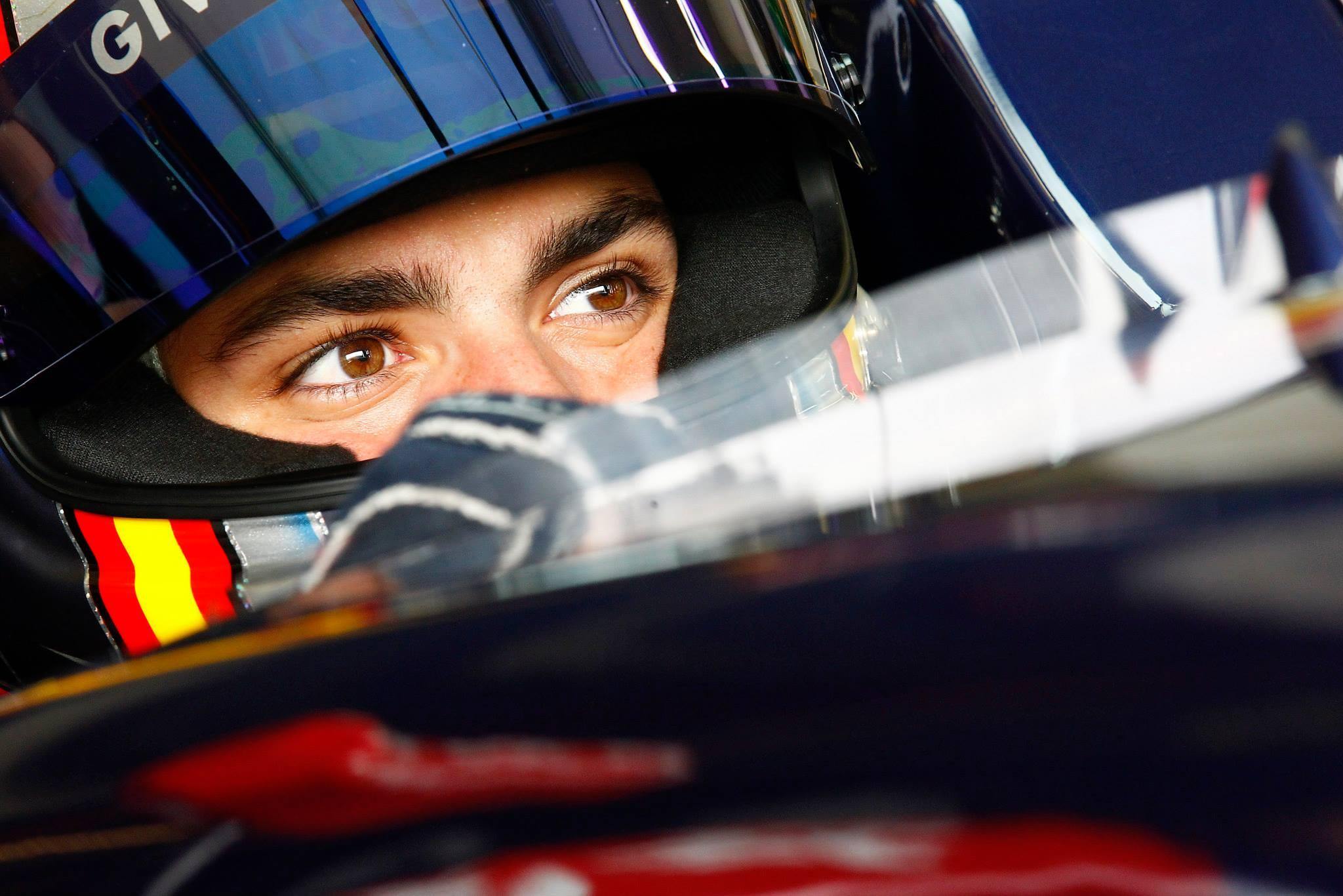 Will Stevens y Oliver Rowland ganan en Jerez