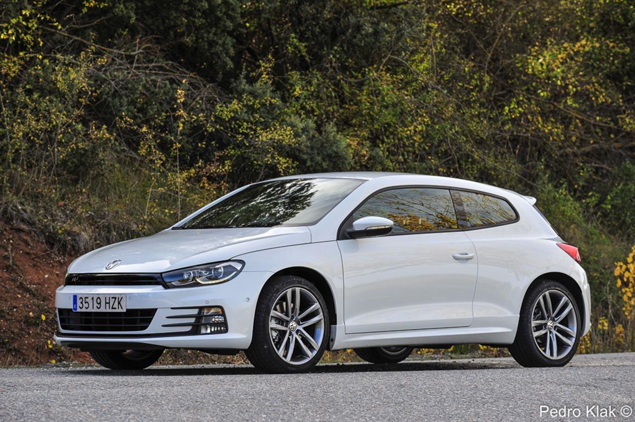 prueba volkswagen scirocco tsi 180 cv dsg r line revista del motor. Black Bedroom Furniture Sets. Home Design Ideas