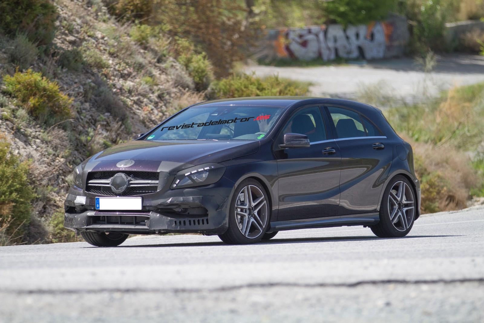 Mercedes-Benz prueba el lavado de cara del A 45 AMG