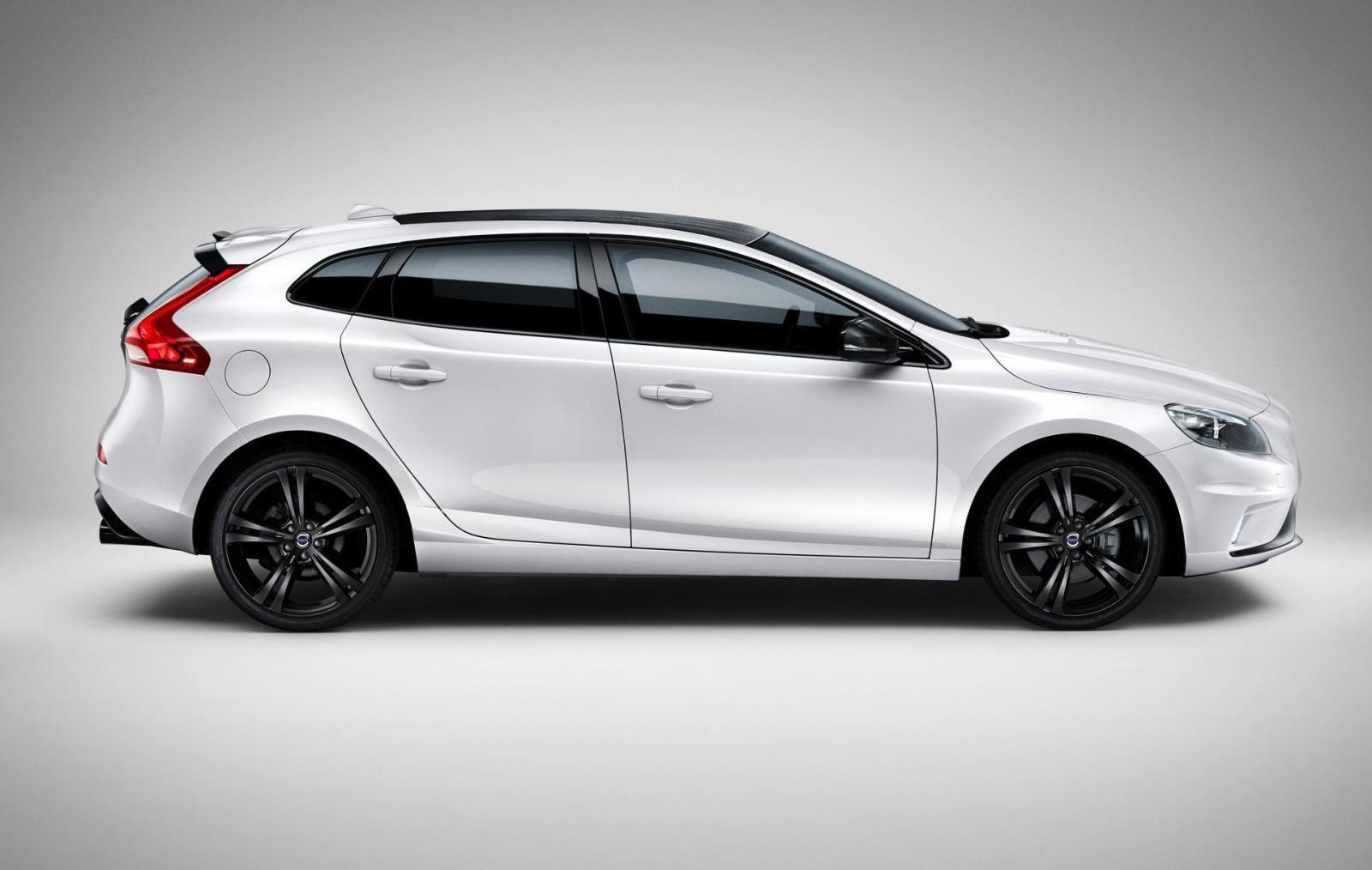 Volvo y Polestar le dan fibra de carbono al V40