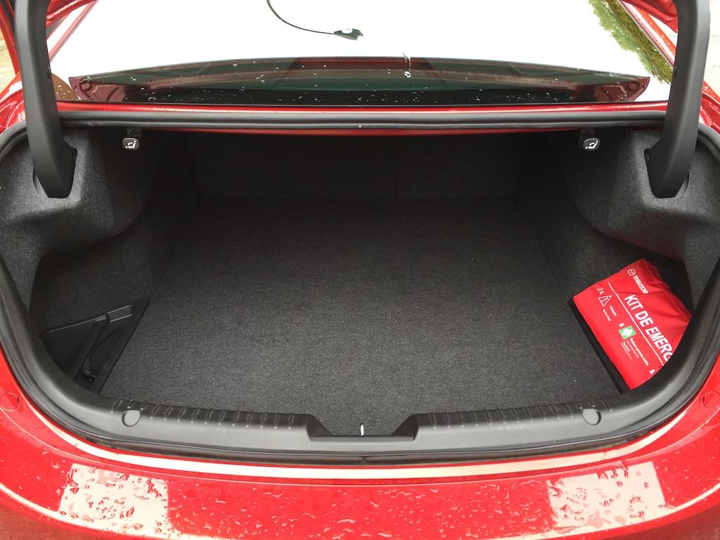 Mazda6 wagon97