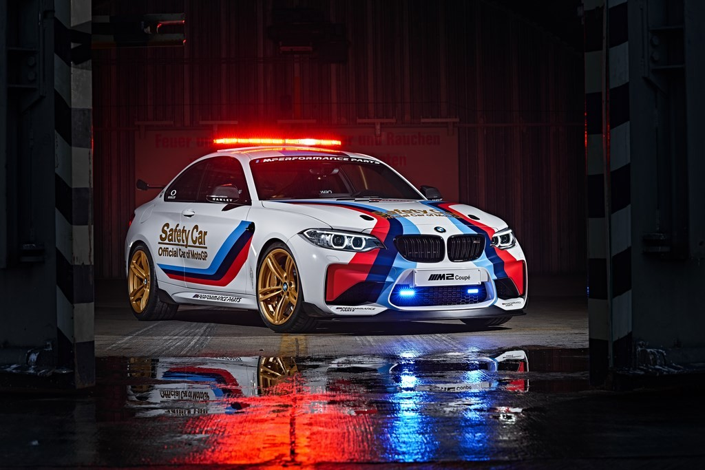 BMW M2 MotoGP Safety Car (1)