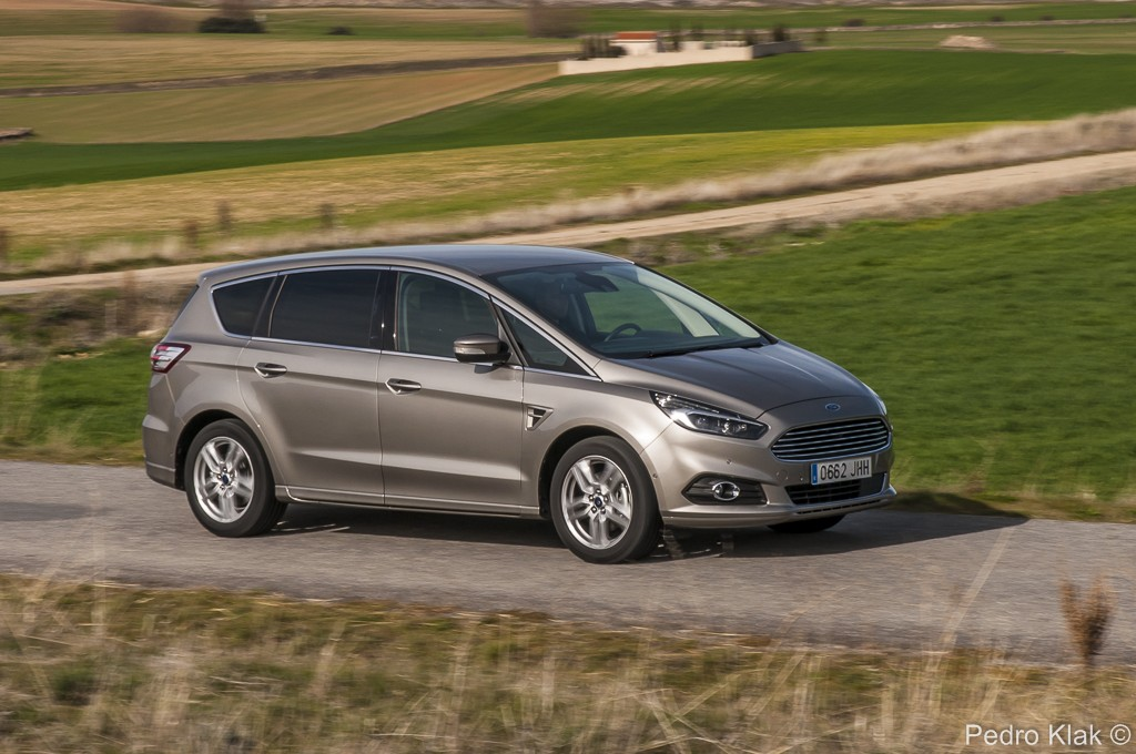 Ford S-Max_13