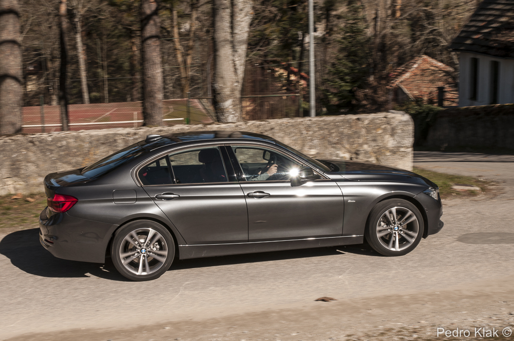 BMW Serie 3 320d Berlina_52