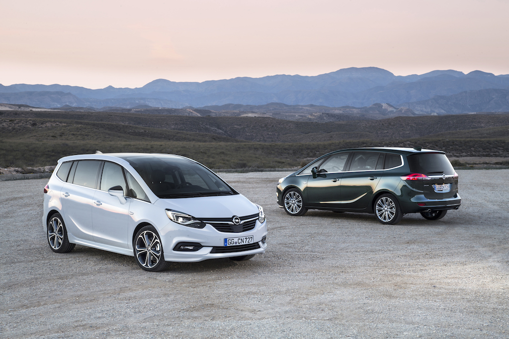 Opel-Zafira-300719
