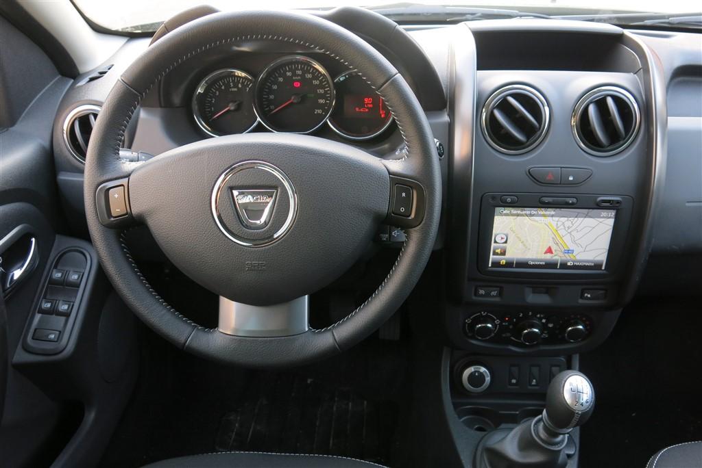 Prueba dacia duster duro por fuera y por dentro for Dacia duster 2017 interni