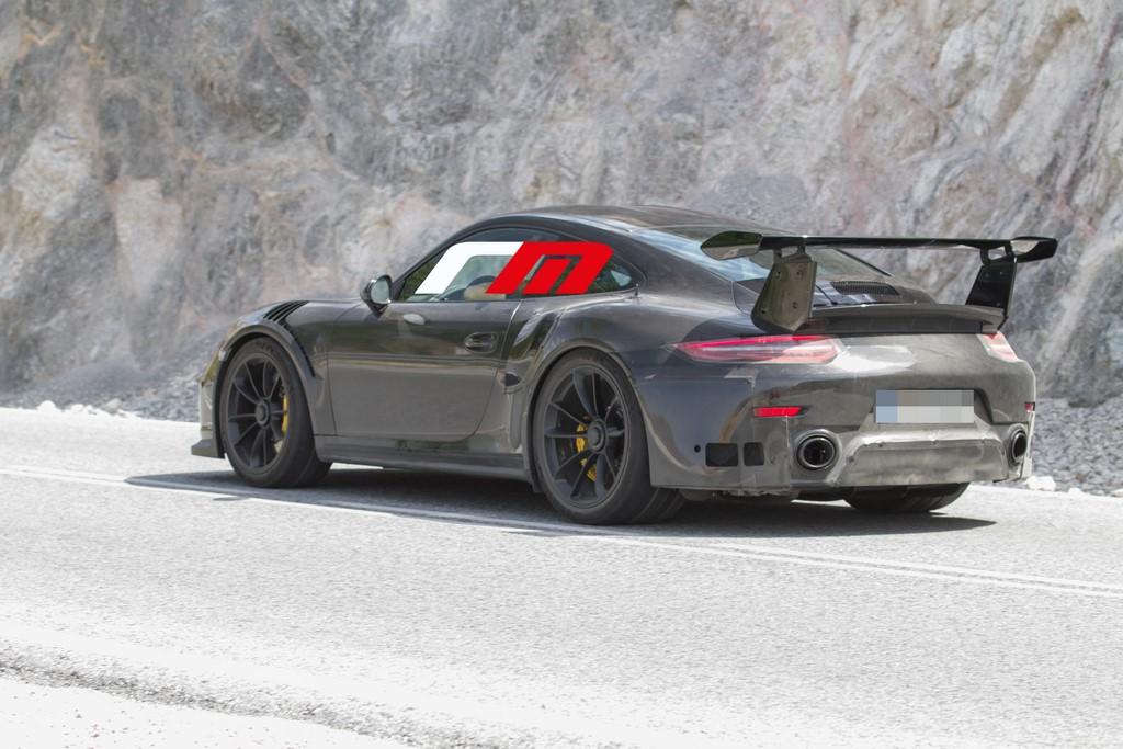 Porsche 911 991 GT2 (4)