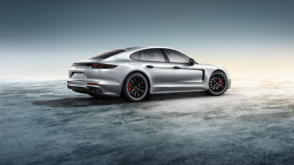 Porsche Exclusive Panamera Turbo (2)