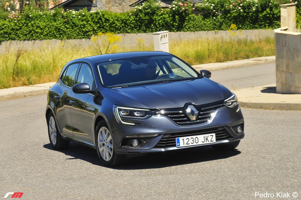 Renault_Megane_ext_389