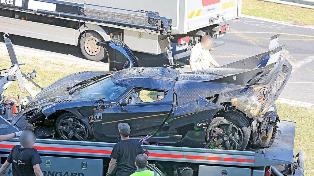 accidente-koenigsegg-one1-nurburgring_11