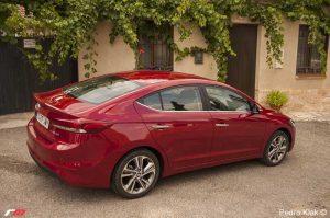PRUEBA: Hyundai Elantra CRDI 136 CV Tecno. La berlina honesta