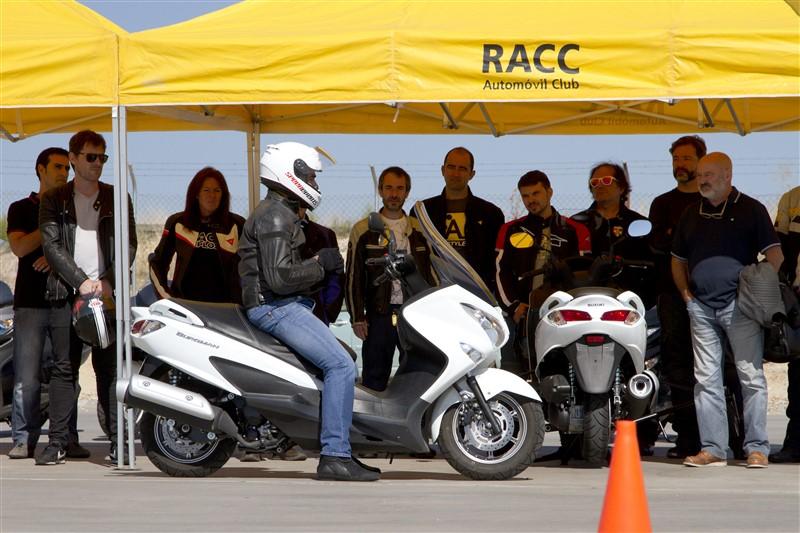 Foto Escuela de Conducción Segura de Suzuki Moto portada