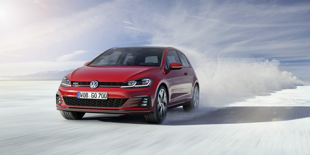 volkswagen-golf-2017-19