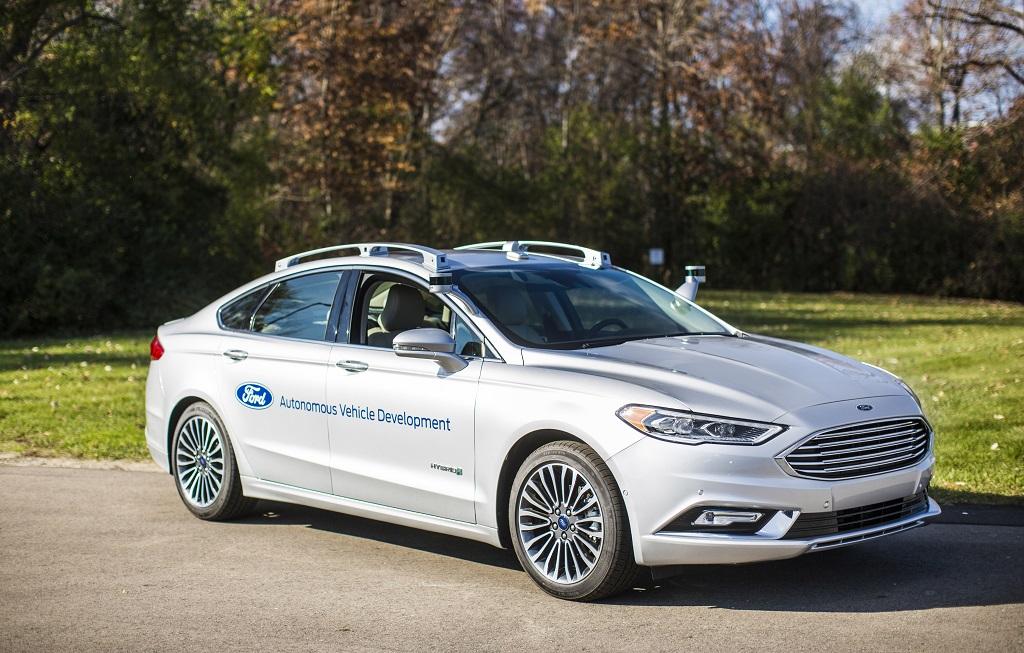 Ford sigue trabajando con los vehículos autónomos con el Mondeo Hybrid