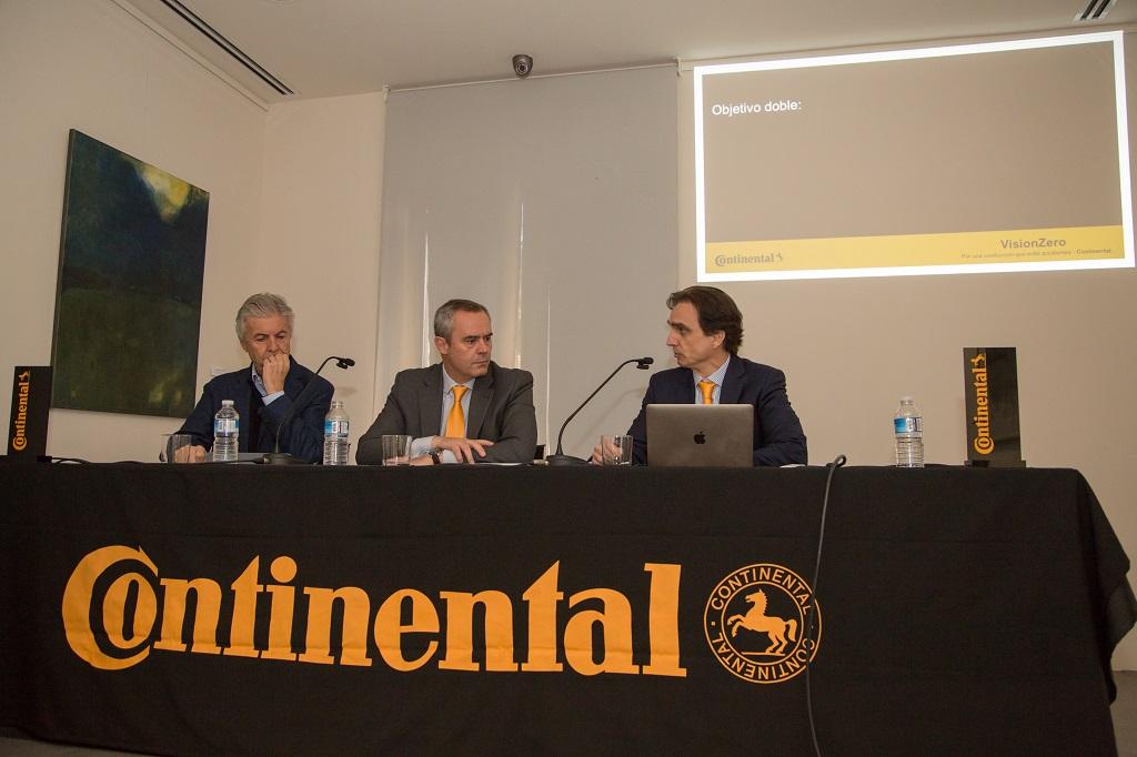 """Continental presenta el estudio """"Seguridad en las escuelas y conducción solidaria"""""""