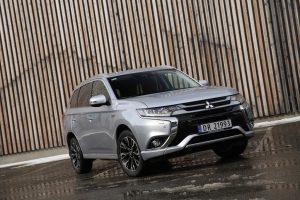 Plan Movea: 13.500 euros de descuento en la compra de un Mitsubishi Outlander Phev