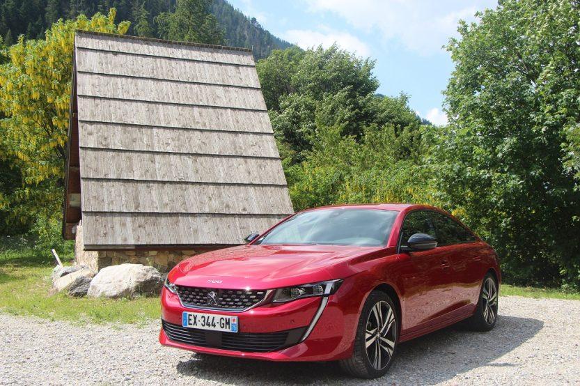 CONTACTO: Peugeot 508. El León viene pisando fuerte